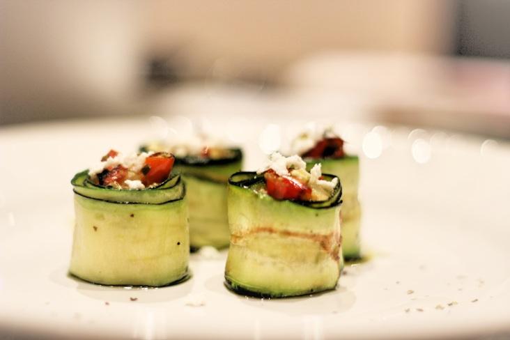 Zucchini, rolls